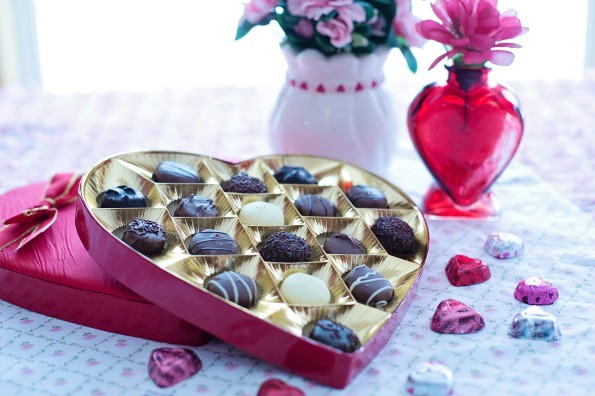 stockvault-valentine-039-s-day-chocolates218184.jpg